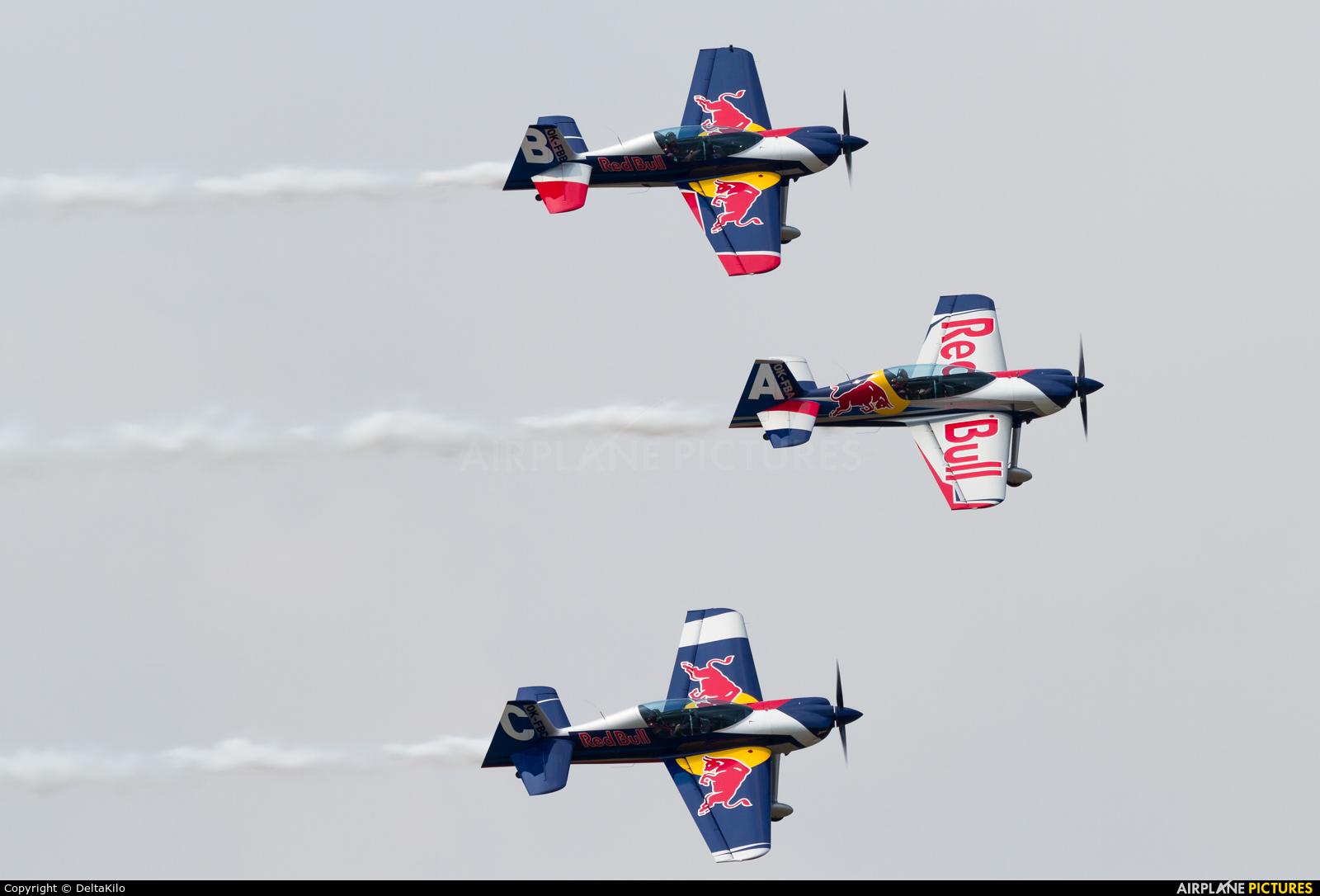 The Flying Bulls Duo : Aerobatics Team OK-FBA aircraft at Leszno - Strzyżewice
