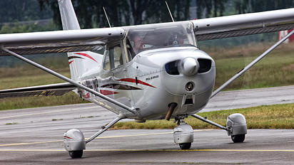 PH-JNP - Specialist Air Services Cessna 172 Skyhawk (all models except RG)