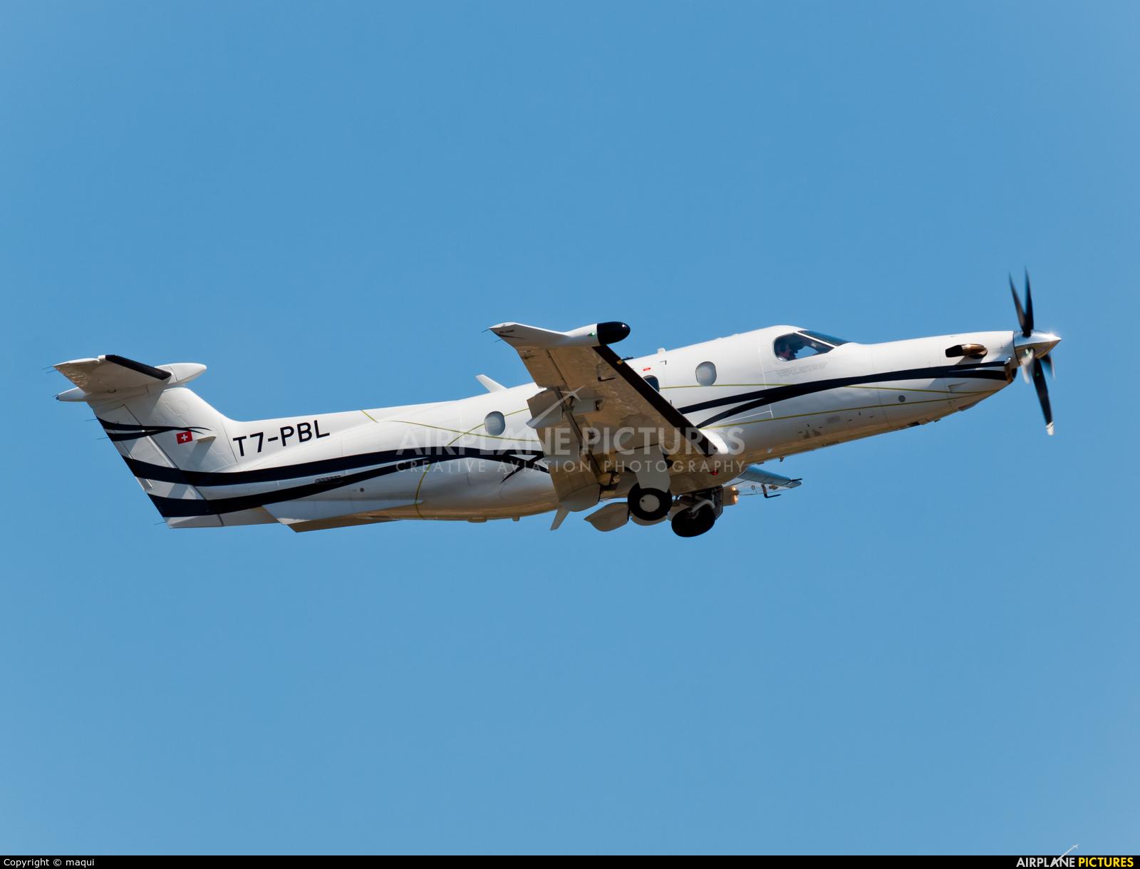 Private T7-PBL aircraft at La Coruña