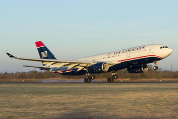 N289AY - US Airways Airbus A330-200