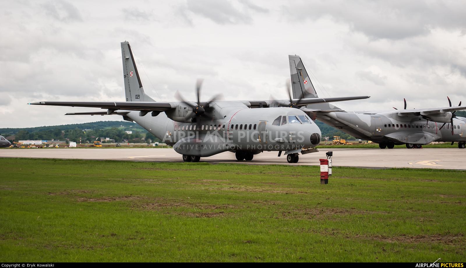 Poland - Air Force 021 aircraft at Kraków - John Paul II Intl