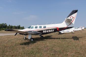 N6498V - Private Cessna 303 Crusader