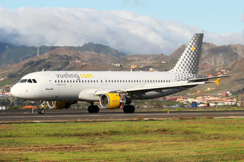 EC-ICR - Vueling Airlines Airbus A320