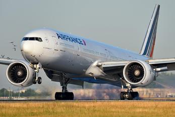 F-GSQK - Air France Boeing 777-300ER