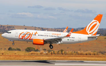 PR-VBU - GOL Transportes Aéreos  Boeing 737-700