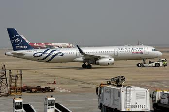 B-1838 - China Eastern Airlines Airbus A321