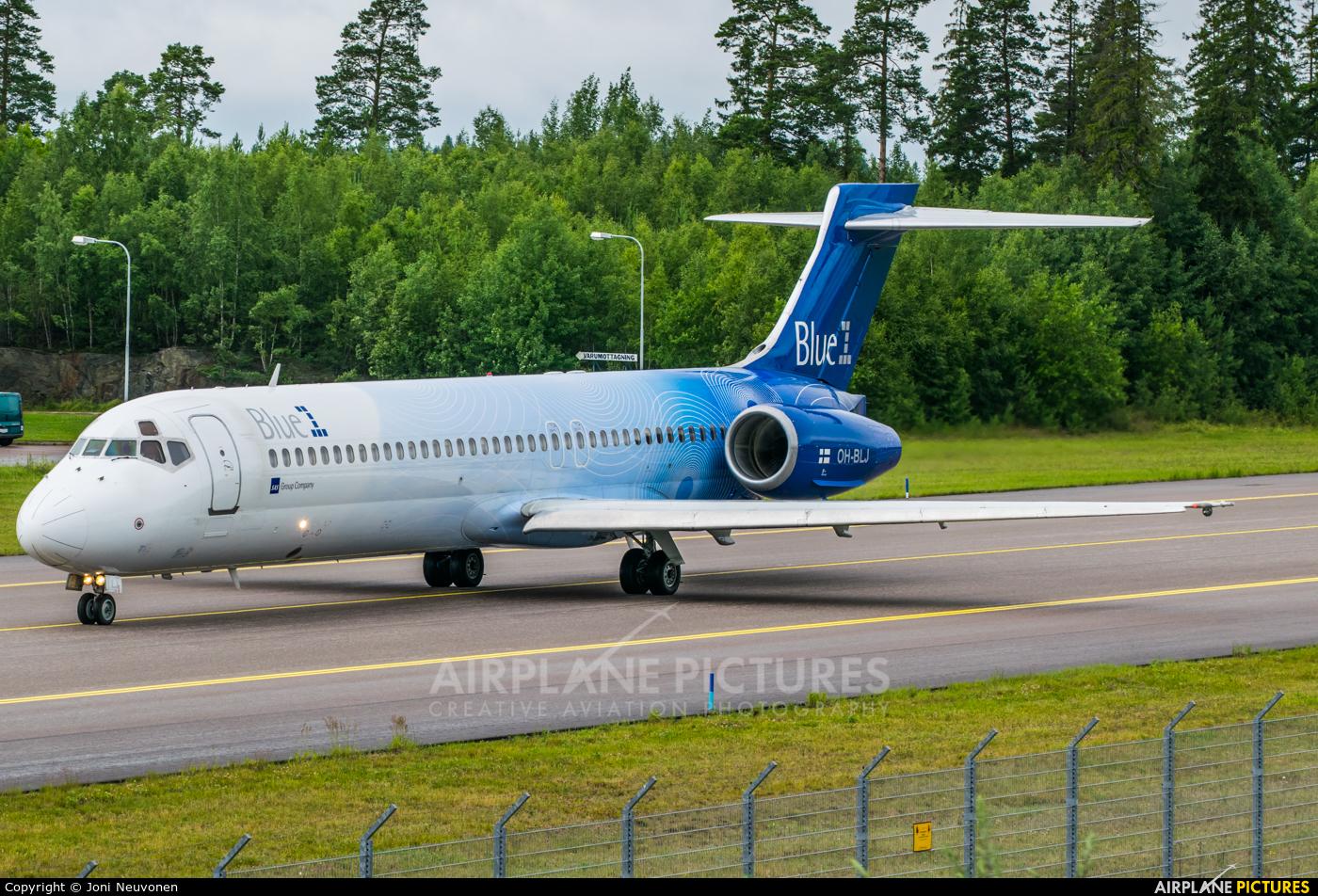 Blue1 OH-BLJ aircraft at Stockholm - Arlanda