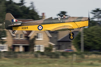G-AHUJ - Private Miles M.14A Hawk Trainer 3