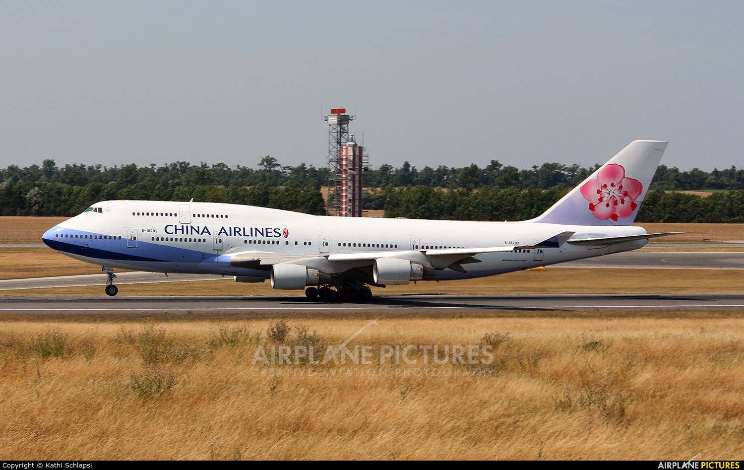 China Airlines B-18202 aircraft at Vienna - Schwechat