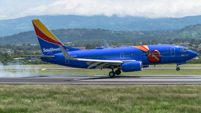 N409WN - Southwest Airlines Boeing 737-700