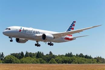 N807AA - American Airlines Boeing 787-8 Dreamliner
