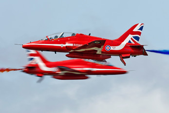 "XX319 - Royal Air Force ""Red Arrows"" British Aerospace Hawk T.1/ 1A"