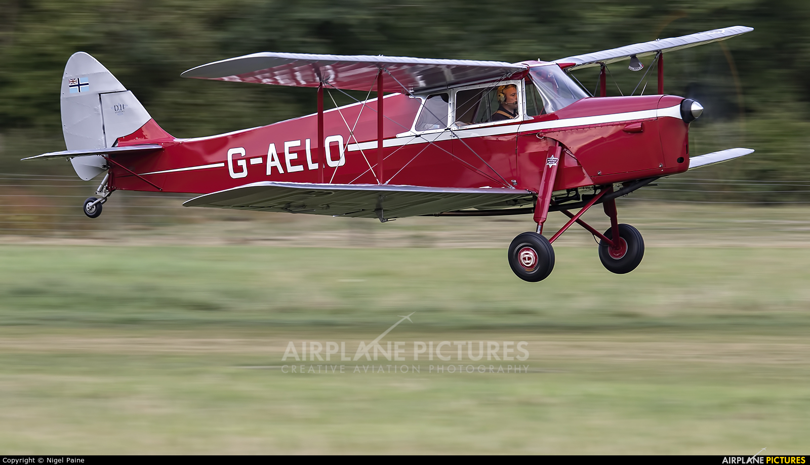 Private G-AELO aircraft at Old Warden