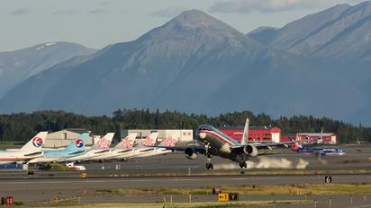 N678AN - American Airlines Boeing 757-200WL