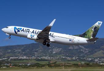 F-ONGA - Air Austral Boeing 737-800