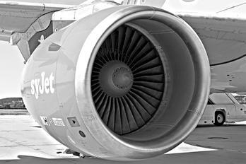 G-EZAD - easyJet Airbus A319