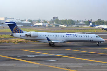 N730SK - United Express - SkyWest Canadair CL-600 CRJ-700