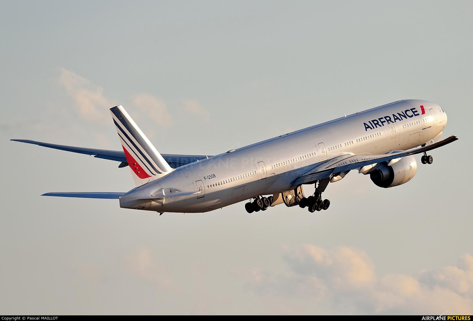 Air France F-GSQB aircraft at Paris - Charles de Gaulle