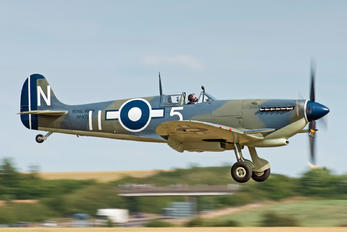 PP972 - Private Supermarine Seafire LF 111C