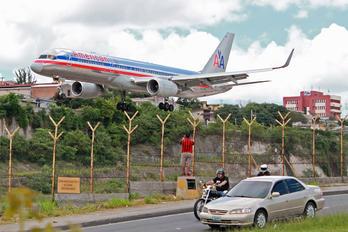 N173AN - American Airlines Boeing 757-200