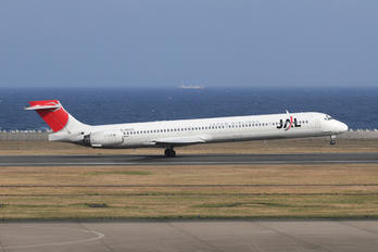 JA8020 - JAL - Japan Airlines McDonnell Douglas MD-90