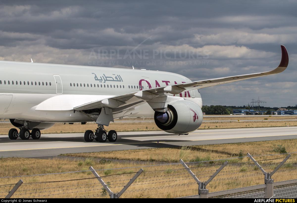 Qatar Airways A7-ALD aircraft at Frankfurt