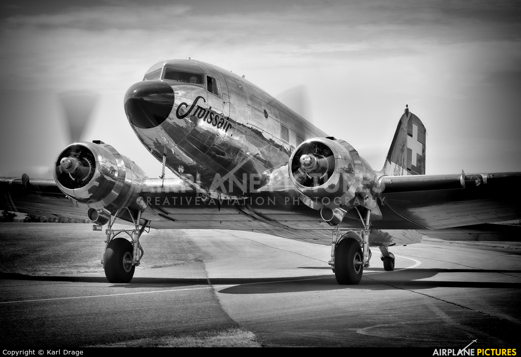 Verein DC-3 N431HM aircraft at Duxford