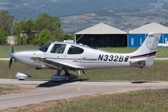 N332BW - Private Cirrus SR22