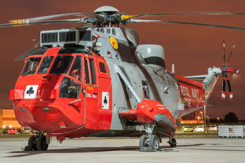 ZA166 - Royal Navy Westland Sea King HU.5