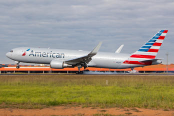 N387AM - American Airlines Boeing 767-300ER