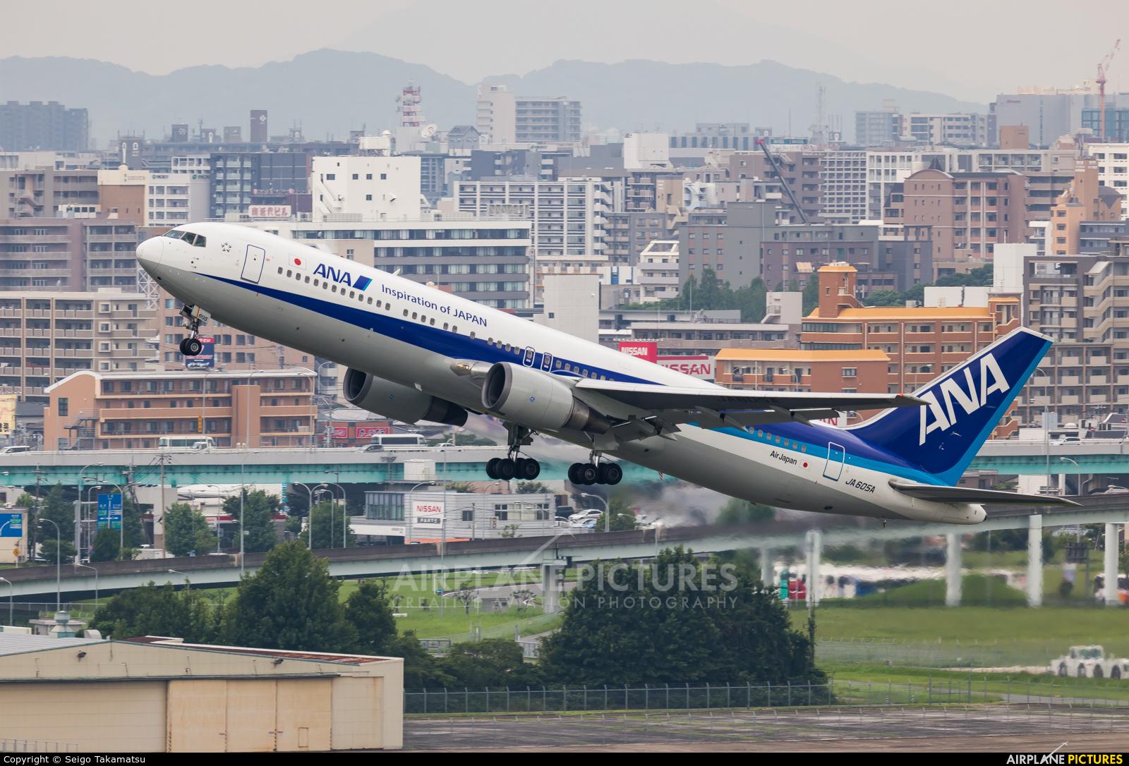 ANA - All Nippon Airways JA605A aircraft at Fukuoka
