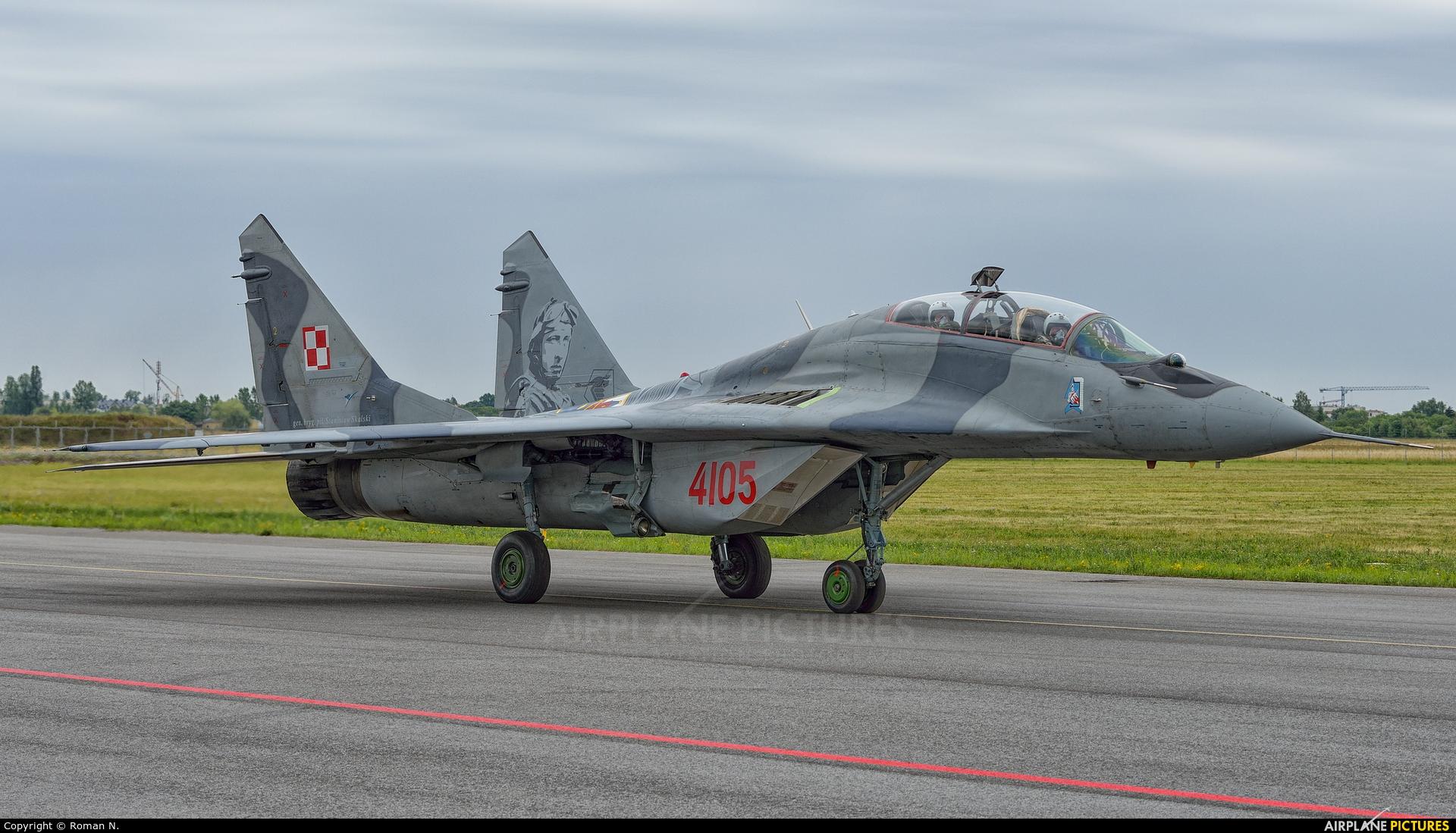 Poland - Air Force 4105 aircraft at Bydgoszcz - Szwederowo