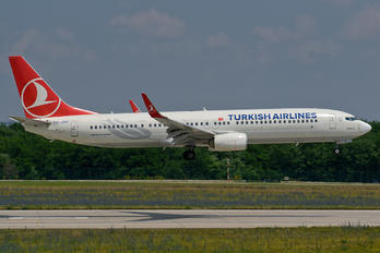 TC-JYE - Turkish Airlines Boeing 737-900ER