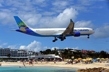 F-HPTP - Air Caraibes Airbus A330-300