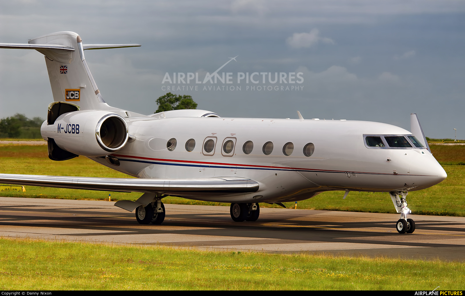 Private M-JCBB aircraft at East Midlands