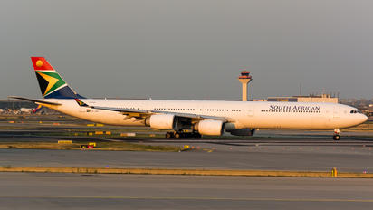 ZS-SNE - South African Airways Airbus A340-600