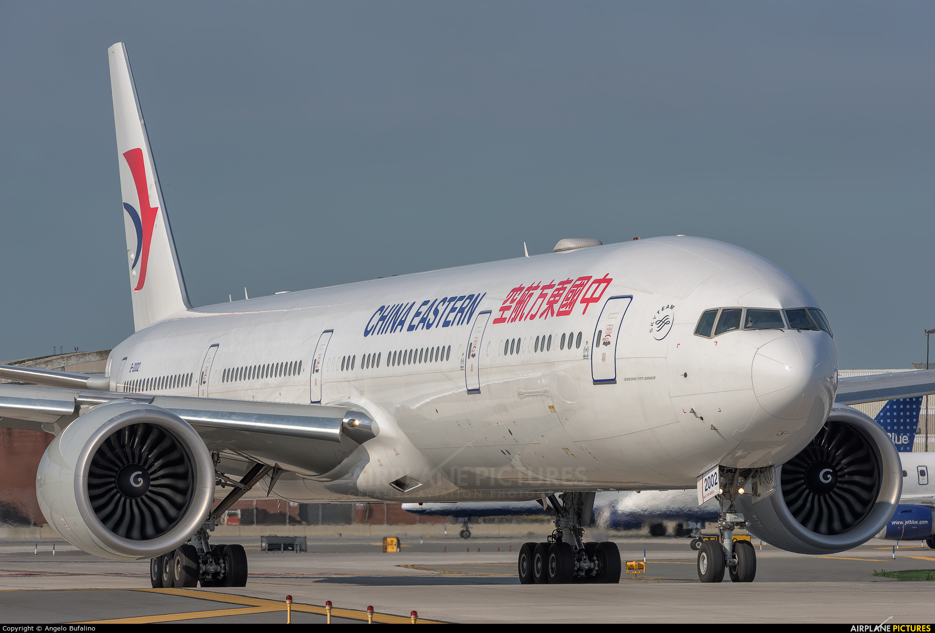 B 2002 china eastern airlines boeing 777 300er at new york john f kennedy intl photo id - China eastern airlines vietnam office ...