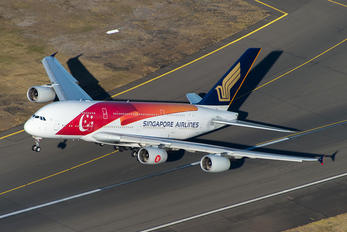 #1 Singapore Airlines Airbus A380 9V-SKI taken by andyhunt