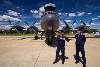 RF-75355 - Russia - Navy Ilyushin Il-38