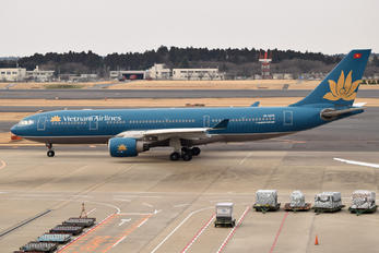VN-A376 - Vietnam Airlines Airbus A330-200