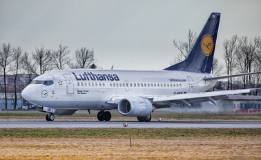 D-ARIW - Lufthansa Boeing 737-500