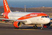 G-EZOL - easyJet Airbus A320 aircraft