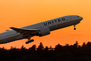 N77019 - United Airlines Boeing 777-200ER aircraft