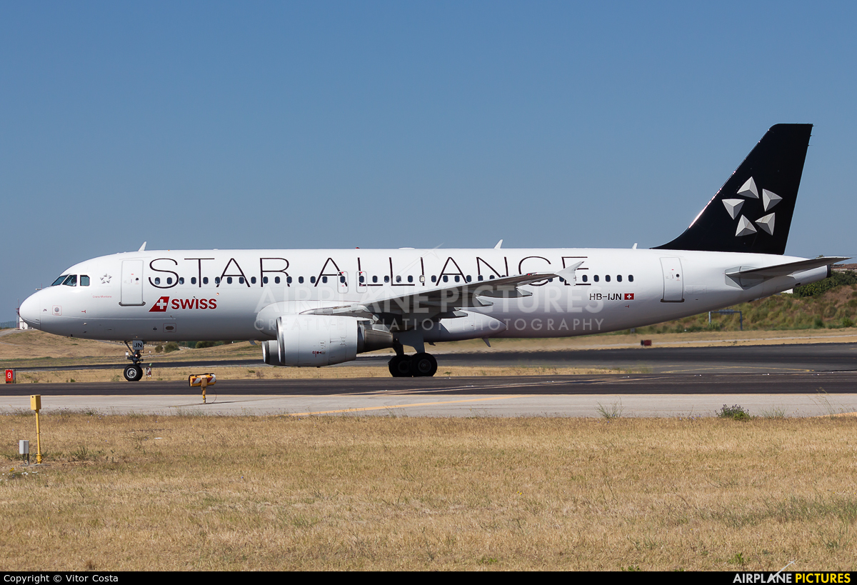 Swiss HB-IJN aircraft at Lisbon