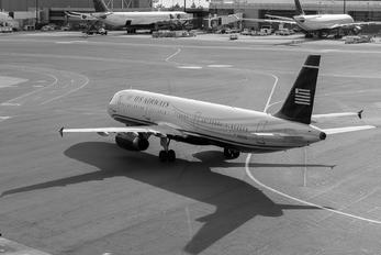 N567UW - American Airlines Airbus A321