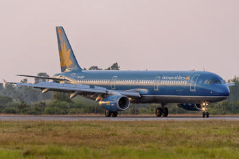 VN-A363 - Vietnam Airlines Airbus A321