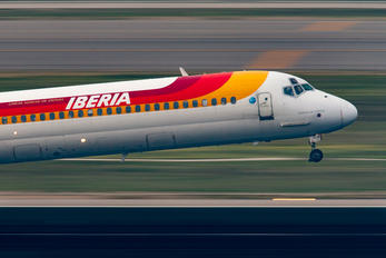 EC-FLN - Iberia McDonnell Douglas MD-88