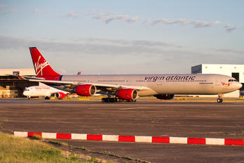 G-VWKD - Virgin Atlantic Airbus A340-600