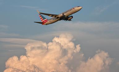 N832NN - American Airlines Boeing 737-800