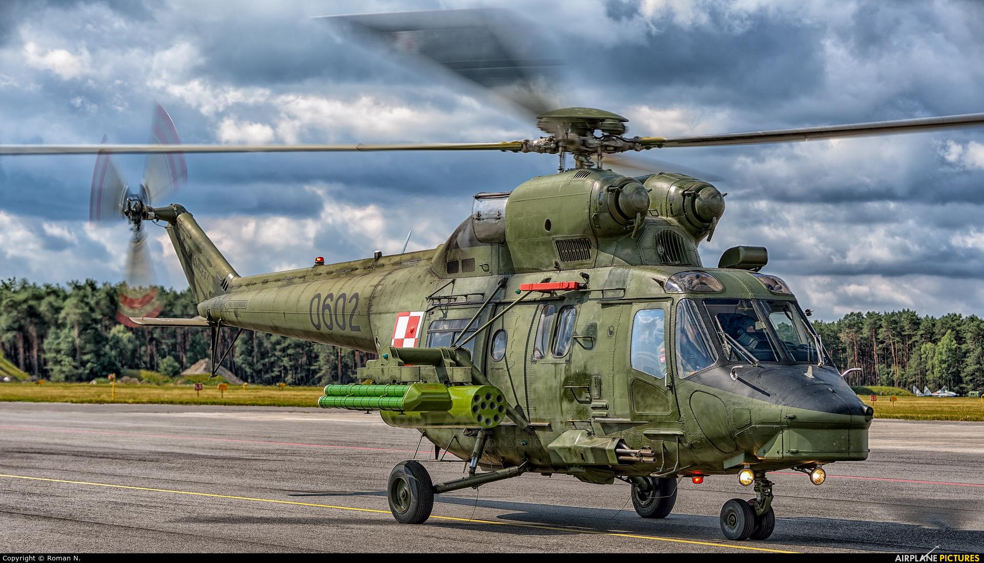Poland - Army 0602 aircraft at Bydgoszcz - Szwederowo